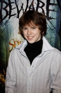 Freddie Highmore as Young Digory